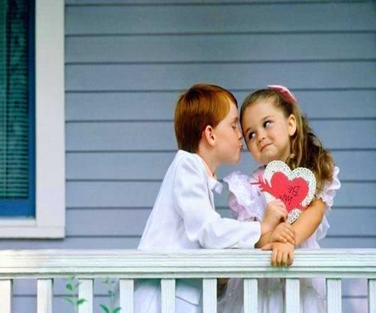 child-love-couple-photo